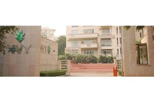 Woman- resident-of-ivy- apartment- of-Sushant-lok-Gurgaon